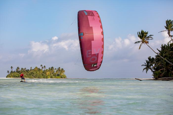 Verkoop verenigingskites: nog 3 kites over (6, 8, 14)!